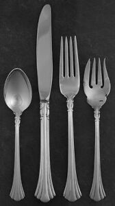 Reed & Barton Sterling Silver 18TH / EIGHTEENTH CENTURY 4 pc. place setting(s)