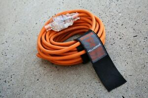 HELLBENDER 15Amp Rubber Extension Lead with Winding Strap 10/15m