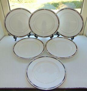 Royal Worcester Fine Bone China Raffles Pattern 6 x Dinner Plates 27cm 1984