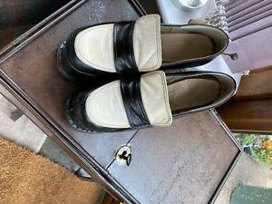 70s Vintage Size 4 Ladies Platform Shoes - Ideal for Retro shop display window