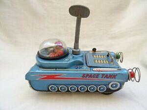 Vintage Masudaya Japan Tank M-18 Space Tank Tin Toy Batter Operated circa 1960