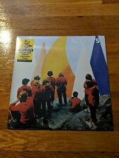 Alvvays-Antisocialites White/Yellow Starburst Color Vinyl Newbury Comics LTD/500