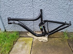 Giant Reign 27.5 Full Suspension Mountain Bike