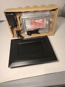 """DIGITAL LABS 7"""" DIGITAL PHOTO FRAME K101 NIB BLACK & SILVER FRAMES W REMOTE & AC"""