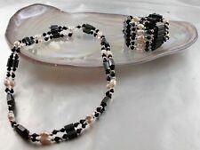 Hämatit Kette oder Armband Schwarz mit echten weißen Süsswasser Zucht Perlen