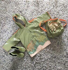 Kidorable Age 2 dinosaur hooded raincoat, wellies & backpack VGC