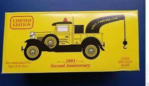 Eastwood Automobilia Club 1931 Ford Wrecker Truck Die Cast Coin Bank Perfect NIB