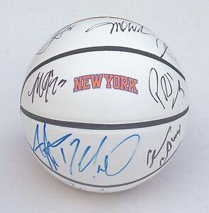 2014 NEW YORK KNICKS Team Signed Autographed Logo Basketball COA! PROOF