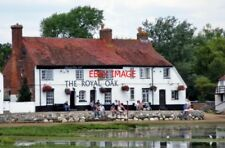 PHOTO  PUB 2011 LANGSTONE HAMPSHIRE THE 'ROYAL OAK' THIS IS A VERY OLD PUB HAVIN