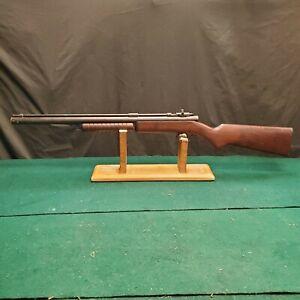 Vintage 1950's Benjamin Franklin 317 .177 Cal Air Gun/Rifle. Factory Peep Sight