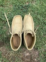 Clarks Wallabees 9.5