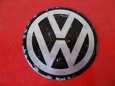 "1x emblema curvo logo chapa aluminio VW 105mm 4.13"" centro tapacubos llanta."