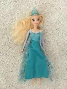 Disney Princess Doll Elsa from Frozen 30cm tall Great condition!