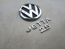 05-10 VW Jetta 1K5 853 630 Logo 1K5 853 687 739 Emblem 1K5 853 675 739 Decal Set