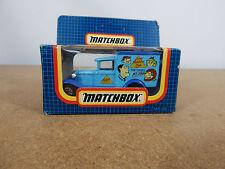 matchbox MB38, FORD model A VAN, Junior Matchbox Club the Gang MB 38 boxed