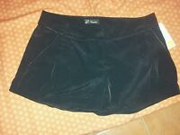 Short noir PIMKIE 100% POLYESTER Taille 36 NEUF