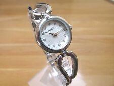 Totalmente nuevo para mujer HENLEY Reloj Ronda Dial De Plata Pulsera De Acero Inoxidable