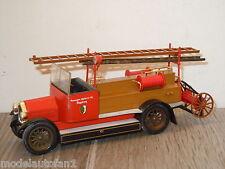 MAN Feuerwehr van Conrad 1027 Germany 1:43  *16305