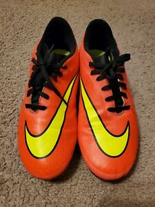 NIKE Hypervenom Pink Orange Soccer Cleats Mens Size 8 USED