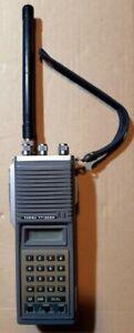 yaesu ft 208r con manuale ed antenna gommino. Vintage 2mt palmare.