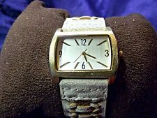 Woman's Quartz Watch with Cracked Leather Look **Nice** BB-744