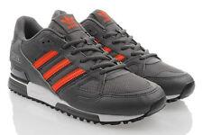 Scarpe da uomo adidas grigio dal Perù