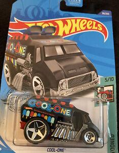 COOL ONE Hot Wheels Toned 5/10 0887961792485