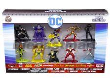 Figurines de héros de BD en métal superman