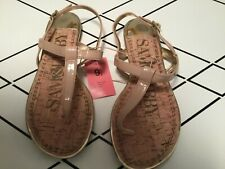 Sam & Libby Kamilla NEW Nude Patent Thong Sandals  Gold Accents size 9 1/2