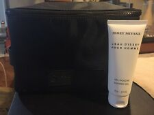 Issey Miyake L'eau D'issey MEN Pour Homme 2 PCk. Set :SHOWER GEL + BAG