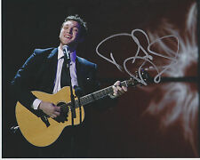 Phillip Phillips Raging Fire Unpack Your Heart SIGNED 8X10 Photo b PROOF
