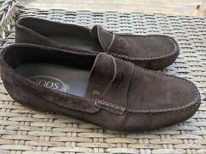 Men's Tod's Brown Suede Gommino Driving Loafers. Size 9.