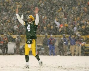 BRETT FAVRE 8X10 PHOTO GREEN BAY PACKERS PICTURE NFL FOOTBALL SNOW