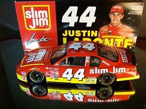 Terry & Justin Labonte #44 Slim Jim Penrose 2000 Chevrolet Monte Carlo 5,004
