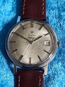 Vintage Mens Stainless Steel ZODIAC 25 Jewel Automatic Wristwatch