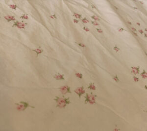 """Simply Shabby Chic Spinkles Rosebud Floral Pink White Flat  Sheet Queen 90"""" W"""