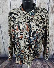 BKE The Buckle Womens Studded button shirt Size Medium. M
