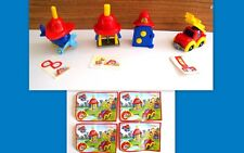 KINDER 2015   - SET COMPLETO ACCESSORI PICCOLI POMPIERI S 40 -41-42-43 + CARTINE