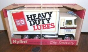 NEW VINTAGE 1988 NYLINE BALTIMORE CITY DRYDENE HEAVY DUTY LUBES DELIVERY TRUCK
