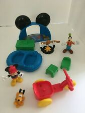 Fisher Price Disney Mickey Mouse Camp Clubhouse & Goofy & Campfire Camping