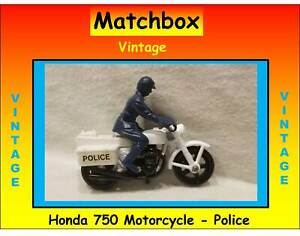 VINTAGE 33c HONDA 750 MATCHBOX SUPERFAST LESNEY POLICE MOTORCYCLE VGC