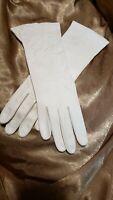 Vintage Fownes Ladies Leather Deerskin Gloves Ivory Washable Driving Gloves