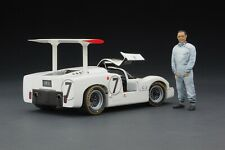 Exoto | 1:18 DIORAMA | 1967 Chaparral 2F at Le Mans - Phil Hill & Mike Spence