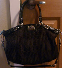 USED COACH Black Madison Quilted Embossed w/ sig C's Hand Bag Purse Clutch 18885