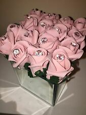 STUNNING ARTIFICIAL PALE PINK ROSE BUD & CRYSTALS FLOWER ARRANGEMENT MIRROR CUBE