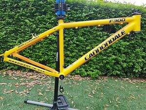 MADE IN USA Cannondale F300 Frame w/ FSA 1 1/8 Reducer Headset Medium