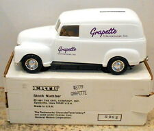 GRAPETTE SODA 1950 CHEV PANEL DELIVERY TRUCK 1992 DIECAST ERTL BANK #2779