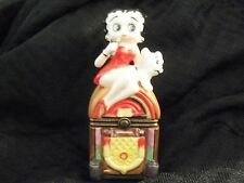 Betty Boop Jukebox Porcelain Clasp Figurine