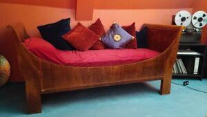 Biedermeier Schwan Bett Couch mit Matratze, Schloss Nachlass