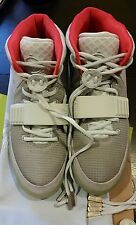 NIKE AIR YEEZY 2 NRG KANYE WEST WOLF GREY PURE PLATINUM PLATS 508214-010